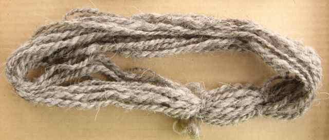 Woolen_2210