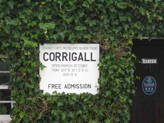01-Corrigall-sign_3751