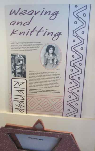 11-weavingandknitting_4203