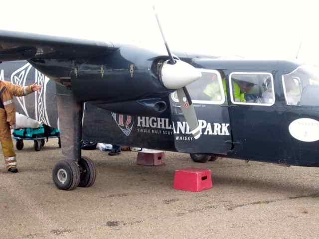 14-plane2_4002